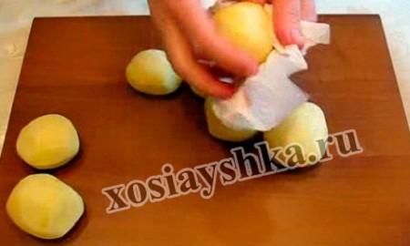 картофель обсушить бумажными салфетками,