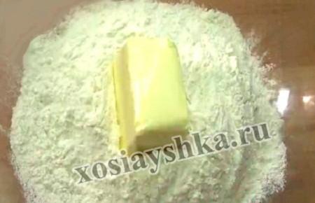 Мука, сливочное масло и соль