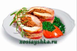 Рулет из говядины , фаршированное свининой, грибами и овощами