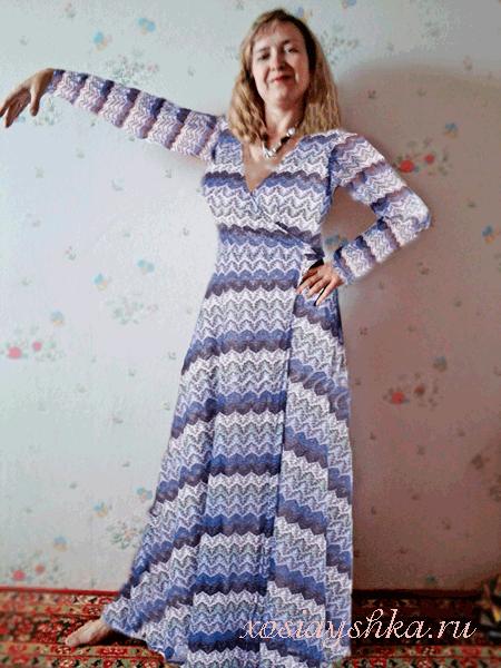 Полуприлегающие трикотажные платья