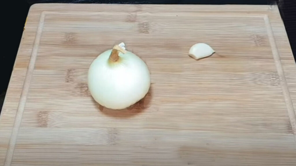 Лепешка жареная на сковороде
